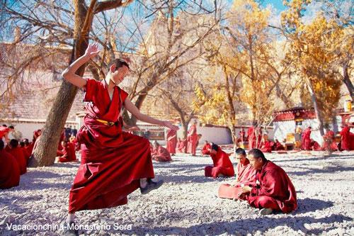 Viajar Tibet Monasterio Sera